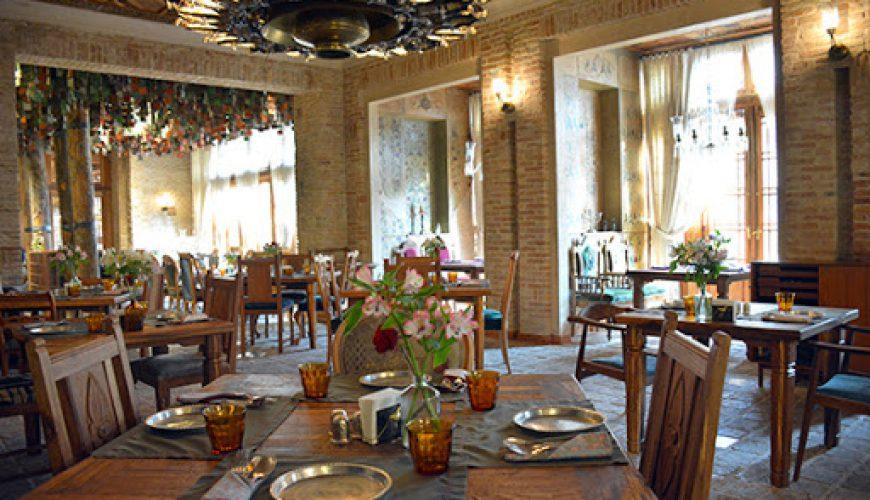 کافه رستوران حس توران تهران